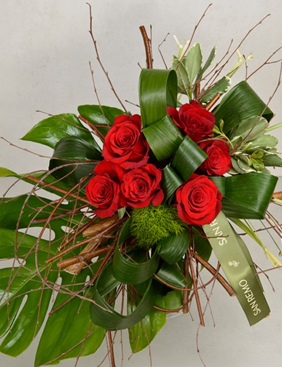 SAUVAGE BOUQUET WITH 6 RED ROSES