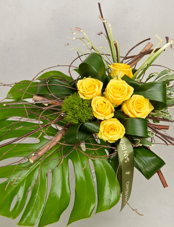 SAUVAGE BOUQUET WITH 6 YELLOW ROSES