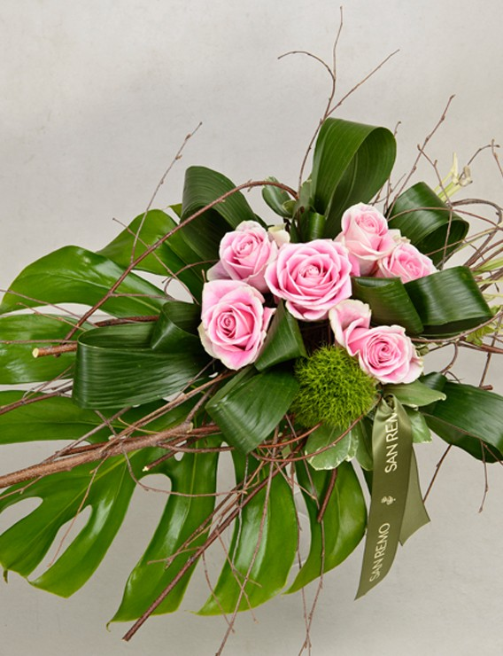 SAUVAGE BOUQUET WITH 6 PINK ROSES