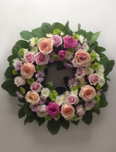 SOFT PINK WREATH