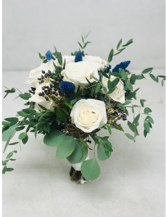 BRIDAL BOUQUET WITH BLUE ACCENTS